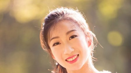 La gracia etérea de Kaidi Wu, primera bailarina de Shen Yun