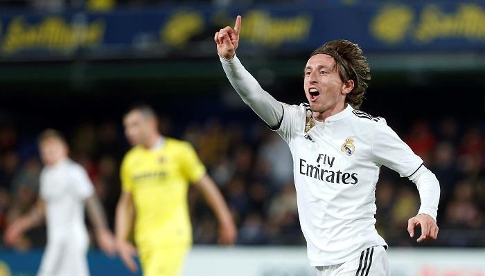El centrocampista croata del Real Madrid Luka Modric durante el partido aplazado de la jornada 17 de Liga en Primera División que Villarreal y Real Madrid disputan esta noche en el estadio de la Cerámica. EFE/Miguel Ángel Polo
