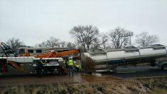 """Un camión cisterna vuelca y deja un """"río de chocolate"""" en EEUU"""
