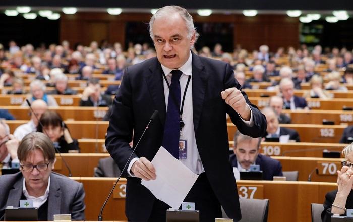 El vicepresidente del Partido Popular Europeo (PPE), el español Esteban González Pons, durante una sesión del pleno del Parlamento Europeo sobre la crisis en Venezuela este jueves en Bruselas, Bélgica. EFE/ Stephanie Lecocq
