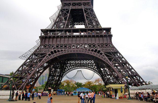 Le Torre Eiffel de China fotografiada en Shenzhen, 22 de marzo de 2009. (Bernard Spragg/Flickr)
