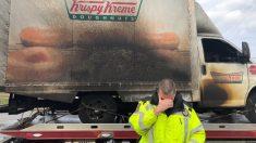 Se incendia un camión de donas en EE. UU. y los policías 'lloran' por la tragedia