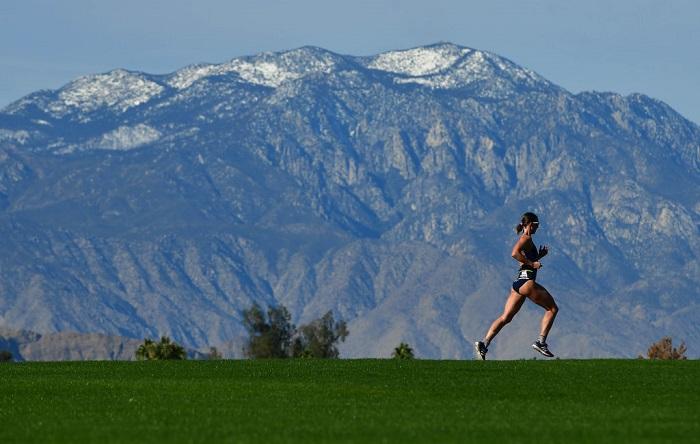 La hormona que segrega el ejercicio podría frenar la progresión del alzheimer. (Foto de Donald Miralle/Getty Images para IRONMAN)
