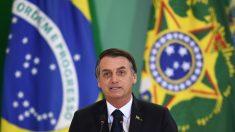 Bolsonaro confirma que se creará un programa para integrar a médicos cubanos en Brasil