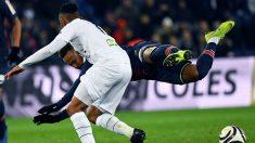 """No aguantó las piruetas de Neymar y le pegó dos patadas en 3 segundos: """"Si juegas así, no te quejes"""""""