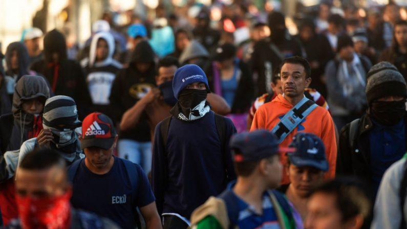 Integrantes de la caravana de migrantes Salvadoreños que partieron el 16 de enero del 2019 de San Salvador con intensiones de viajar a Estados Unidos. (MARVIN RECINOS/AFP/Getty Images)