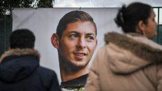 """""""Parece que está a punto de caer a pedazos"""", dijo el futbolista Emiliano Sala en su último mensaje desde el avión"""