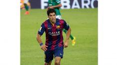 Suárez se convierte en el quinto máximo goleador de la historia del Barcelona