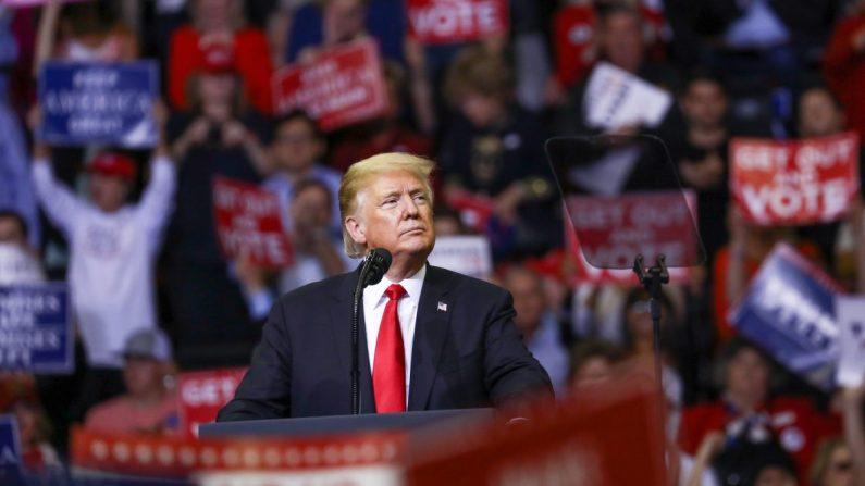 El Presidente Donald Trump en acto electoral de Make America Great Again, Houston, EE. UU. 22 de octubre de 2018. (Charlotte Cuthbertson/La Gran Época)