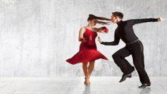 Conoce a este bailarín que no puede oír y es un ejemplo de superación