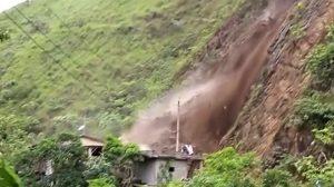 Deslizamientos de tierra, inundaciones y lluvias récord en Perú están alcanzando niveles extremos