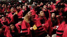 ¡Con solo 16 años se gradúa de la escuela secundaria y de la Universidad de Harvard al mismo tiempo!