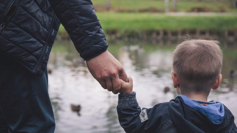 Un papá comparte 10 verdades que aprendió después de la triste pérdida de su hijo