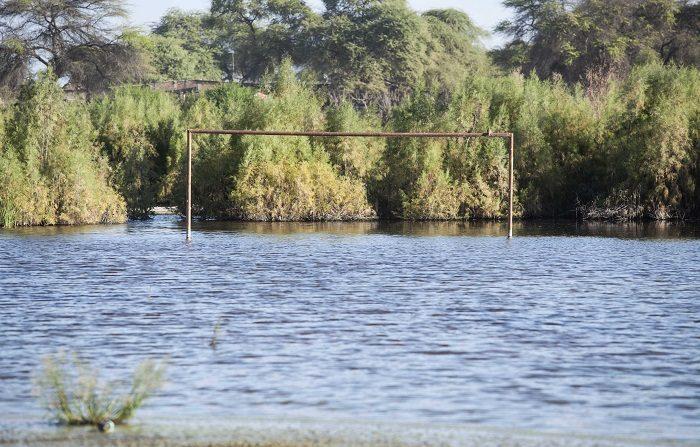 La temporada de lluvias en Perú y norte de Chile que inicia en enero y concluye en marzo, ha causado hasta el momento inundaciones en poblados y bloqueos de carreteras en las regiones de Amazonas, Arequipa, Huancavelica, Huánuco y Ancash, entre otras. EFE/Eduardo Cavero