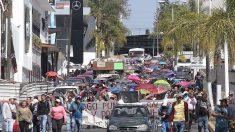 Maestros retoman bloqueos de vías del tren en estado de Michoacán