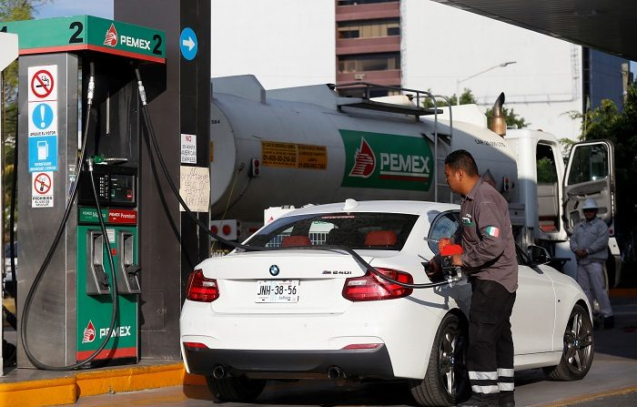 Un dispositivo termoeléctrico para autos de combustión interna, con el que se ahorra entre un 3 y 12 % del consumo de gasolina, fue diseñado en la Universidad Nacional Autónoma de México (UNAM). EFE/Francisco Guasco