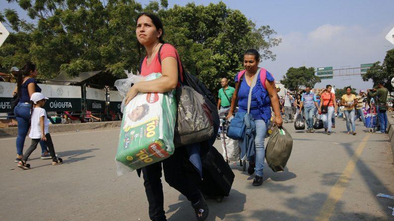Más de 70.000 venezolanos entran y salen de Colombia diariamente en busca de alimentos. Según cifras de Migración Colombia un un 5 % no regresa a Venezuela. (EFE)