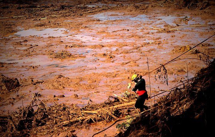 Tragedia minera en Brasil. (EFE/ Antonio Lacerda)