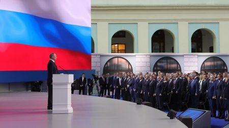 """OTAN tacha de """"inaceptables"""" las amenazas de Putin de apuntar contra Estados Unidos"""