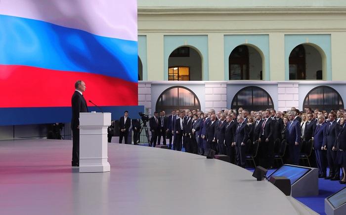 """Estados Unidos tachó hoy de """"propaganda"""" la amenaza del presidente ruso, Vladímir Putin, de que Rusia dirigirá su armamento nuclear contra el territorio norteamericano, como durante la Guerra Fría, si Washington despliega misiles de medio y corto alcance en Europa. EFE/ Michael Klimentyev / Sputnik"""