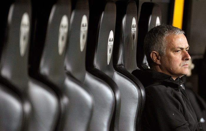 El exentrenador del Real Madrid Jose Mourinho, que ha ratificado este martes en el juicio el acuerdo de conformidad con la Fiscalía de Madrid, por el que ha sido condenado a un año de prisión - que no cumplirá- y a una multa de alrededor de 2,2 millones de euros por eludir el pago de 3,3 millones de euros. EFE/Manuel Bruque