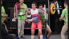 La parálisis cerebral no lo detiene y logra el récord nacional en levantamiento de pesas