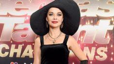 La artista de arena Ksenia Símonova estremece al jurado de America's Got Talent y gana el botón dorado