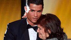 """La madre de Cristiano Ronaldo confiesa que tiene cáncer y """"lucha por su vida"""""""