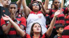 La llamada de su mamá salvó a este jugador de 15 años del Flamengo de morir en el voraz incendio