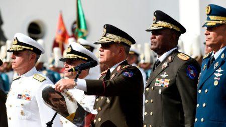 Muere de forma sospechosa el teniente que cuidaba al exjefe de Inteligencia de Chávez, denuncia la familia