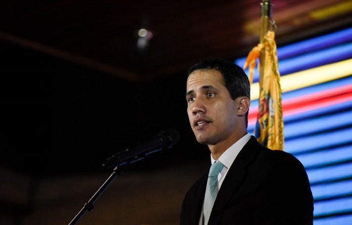 "Juan Guaidó, dijo a los venezolanos que ""la esperanza nació para no morir"". . (Marco Bello/Getty Images)"