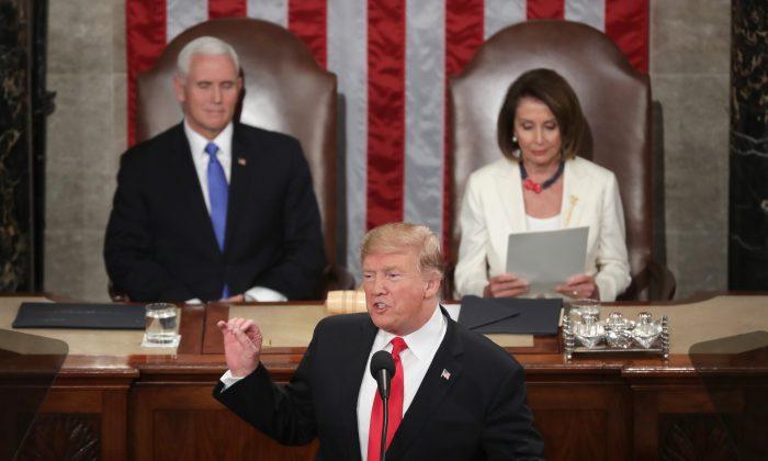 El presidente Donald Trump pronuncia el discurso sobre el Estado de la Unión en el Capitolio de Estados Unidos el 5 de febrero de 2019. (Chip Somodevilla/Getty Images)