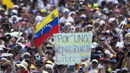 Ejército de 800.000 voluntarios en Venezuela más los de Colombia se organizan para pasar la ayuda humanitaria