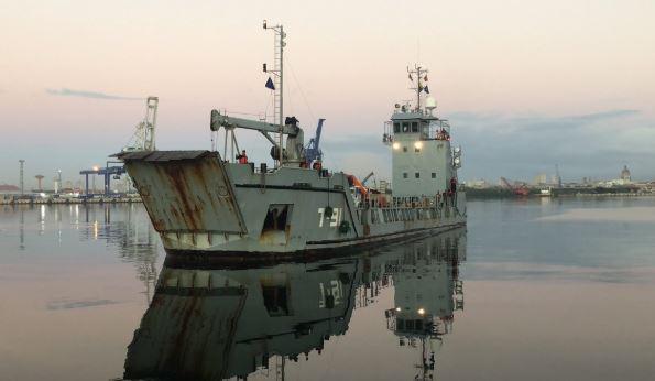"""El buque T-91 """"Los Frailes"""" de la Armada de la Fuerza Armada Nacional Bolivariana (FANB) en el Puerto de La Habana el 8 de febrero de 2019 (Embajada de Venezuela en Cuba)"""