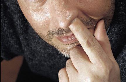 Un hombre de 59 años fue al doctor después de perder su sentido del olfato y el médico descubrió algo inesperado creciendo en sus fosas nasales. (Imagen de archivo (Wikimedia)
