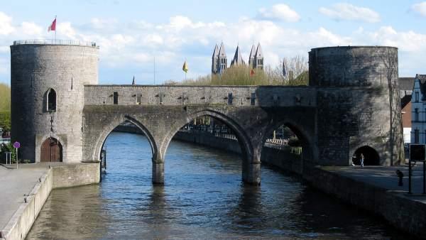 El Puente de los Agujeros de la ciudad de Tournai, Bélgica. (JEAN-POL GRANDMONT/WIKIMEDIA)