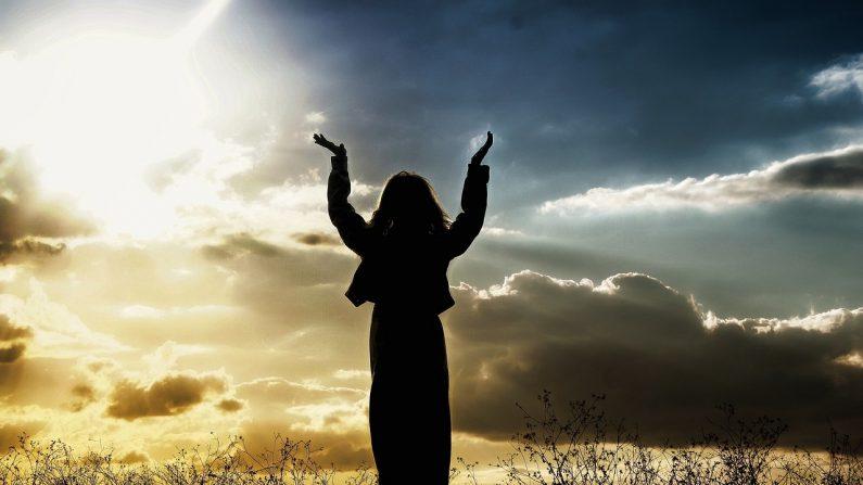 El regreso a la espiritualidad, el cambio de conciencia permitiría atravesar la purificación y la conservación de la humanidad. (Crédito: Pixabay/LoveToTakePhotos)