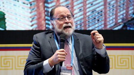 BID cancela su asamblea anual en China en protesta por no conceder el visado a representante de Guaidó