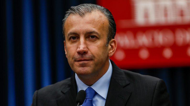 Estados Unidos presentó este viernes cargos contra el vicepresidente económico y ministro de Industrias y Producción Nacional de Venezuela, Tareck el Aissami, al que acusa de haber violado las restricciones que le impuso por su implicación en el narcotráfico, al viajar a Rusia. EFE
