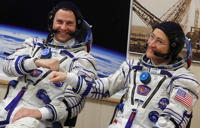 La nave tripulada rusa Soyuz MS-12 fue lanzada hoy desde el cosmódromo de Baikonur (Kazajistán) rumbo a la Estación Espacial Internacional (EEI).EFE