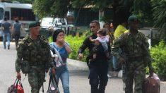 Colombia acoge cerca de 1000 militares venezolanos y 400 familiares