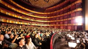 Shen Yun vuelve al Lincoln Center con sala llena en la noche del estreno