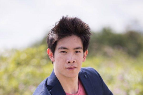 Piotr Huang, de Shen Yun: Un bailarín con sentido del deber