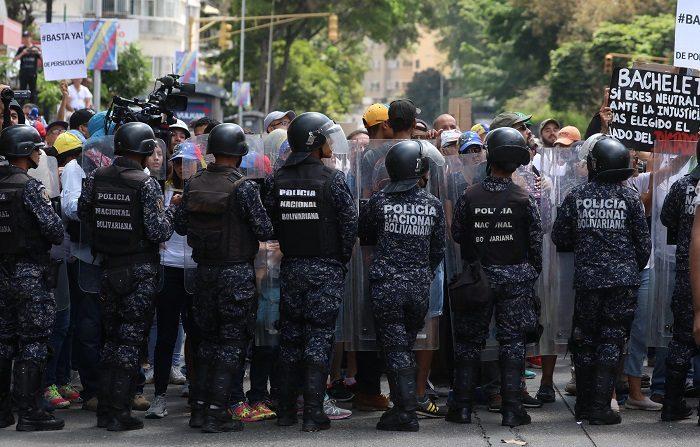 Guaidó: Voy a solicitar decretar estado de alarma nacional | En la Agenda