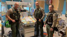 Policías héroes salvan a una bebé asfixiada en pleno centro comercial, ¡ya no respiraba!