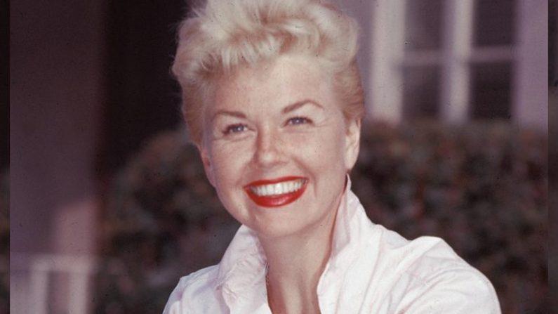 Legendaria estrella de Hollywood Doris Day muere a los 97 años