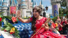 Pareja paga USD 53.000 al año a niñera dispuesta a actuar como princesa de Disney para sus gemelas
