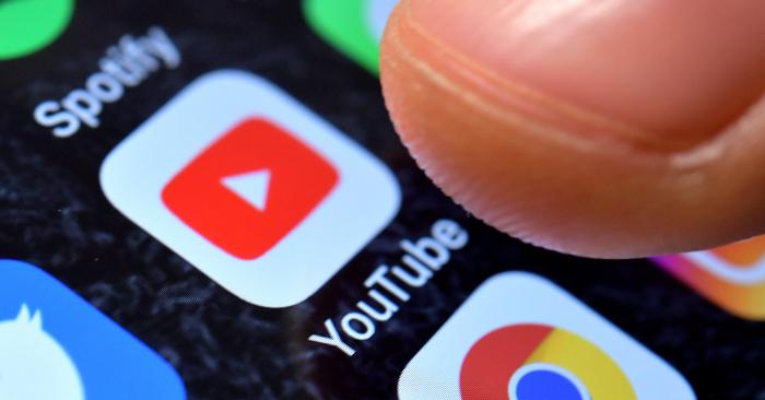 Fotografía ilustrativa que muestra la aplicación de YouTube. EFE/Archivo