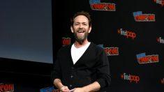 El actor Luke Perry, de 'Beverly Hills 90210', muere a los 52 años al no recuperarse de un derrame cerebral