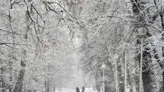 Nieve y hielo verde está alarmando a un poblado ruso
